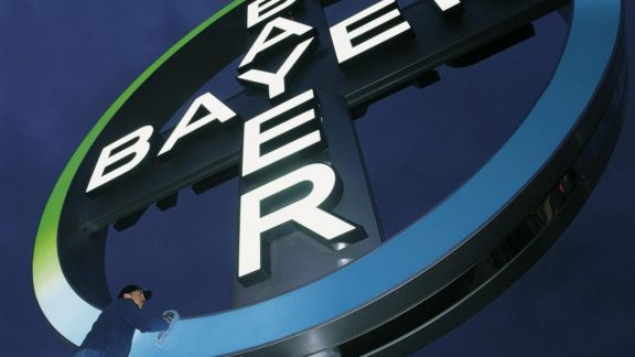 Bayer vende 3,6% do capital à Temasek para facilitar compra da Monsanto